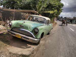 Cuba_Havana_Green_buggy.jpg
