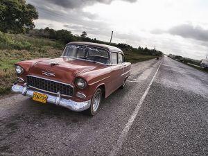 Cuba_Vinales_highway.jpg