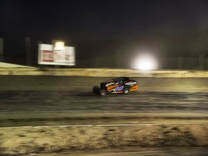 c33-Dirt_2014_nightdirt.jpg
